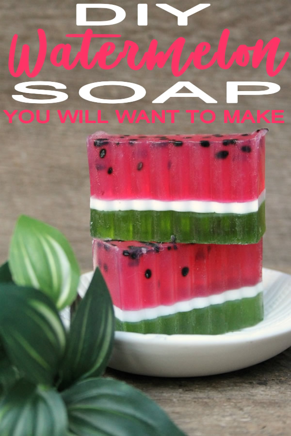 DIY_Watermelon Soap Bar_How To Make Homemade Watermelon Scented Soap_Easy Recipe_bath and body