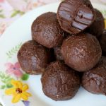 5 Ingredient Keto Brownie Fat Bombs - BEST Chocolate Brownie Fat Bombs - Easy NO Sugar Low Carb Recipe