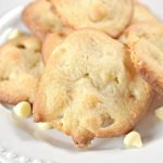 BEST Keto Cookies! Low Carb White Chocolate Macadamia Nut Cookie Idea – Quick & Easy Ketogenic Diet Recipe – Completely Keto Friendly