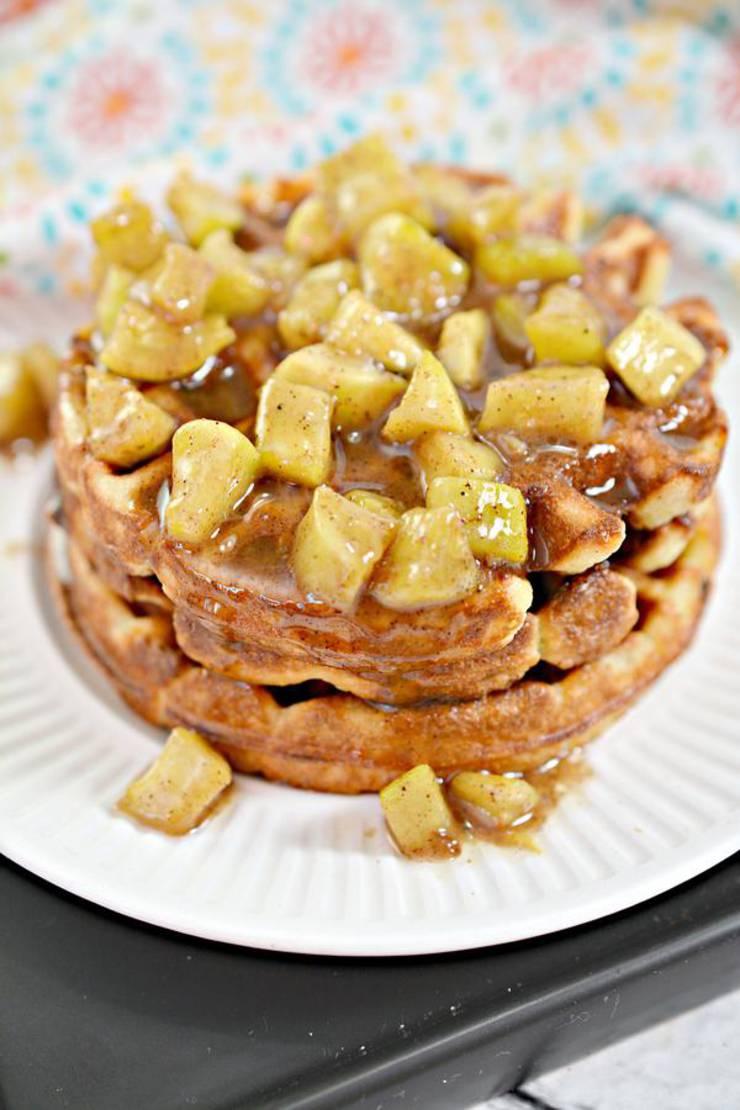 BEST Keto Chaffles! Low Carb Apple Fritter Chaffle Idea – Homemade – Quick & Easy Ketogenic Diet Recipe – Keto Friendly & Beginner – Desserts – Snacks – Breakfast