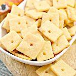 Keto Crackers – BEST Low Carb Keto Cheez Its Cracker Recipe Copycat Crackers – Easy – Snacks – Appetizers – Keto Friendly & Beginner
