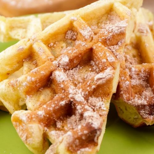 BEST Keto Apple Fritter Waffles! Low Carb Keto Apple Fritter Waffle Idea – Quick & Easy Ketogenic Diet Recipe – Completely Keto Friendly