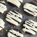 Halloween Mummy Cookies – BEST Mummy Oreo Cookie Recipe – {Easy} Oreo Cookie Mummies – Party Food - Desserts – Snacks
