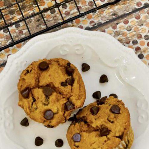 3-ingredient-chocolate-chip-pumpkin-muffins-1.jpg